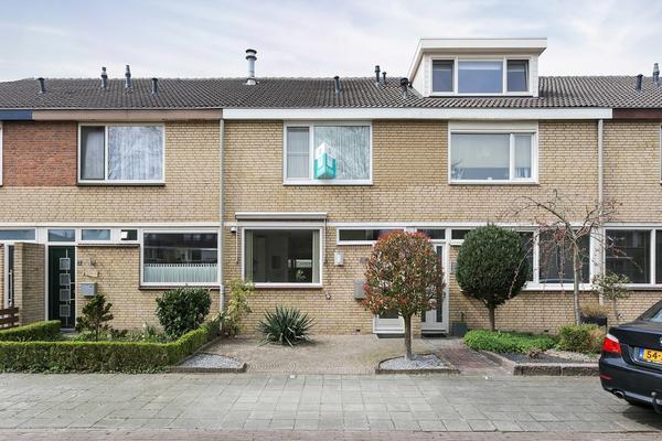 Basielhof 5 in Oosterhout 4907 AG