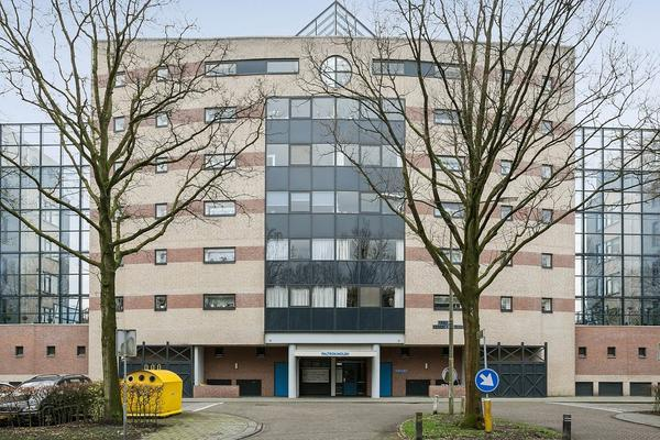 Van Leeuwenhoeklaan 432 in Roosendaal 4708 BE