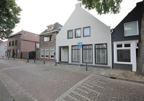 Kerkstraat 100 in Oisterwijk 5061 EL
