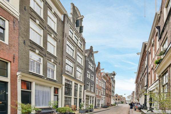 Tweede Leliedwarsstraat 14 I in Amsterdam 1015 TC