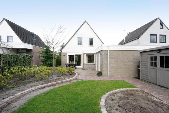 De Hoefsmid 14 in Sint-Michielsgestel 5272 RK