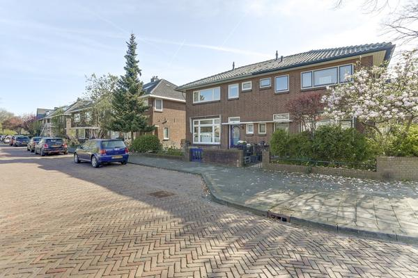 Dillenburgstraat 6 in Gorinchem 4205 BP