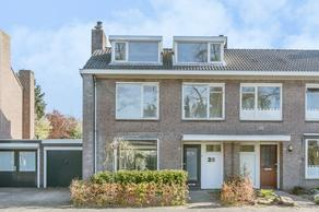 Papaverstraat 26 in Sint-Michielsgestel 5271 RB