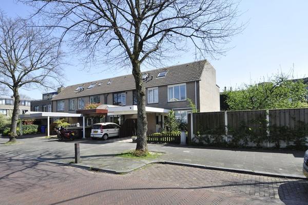 Oosteinde 64 in Voorburg 2271 EJ