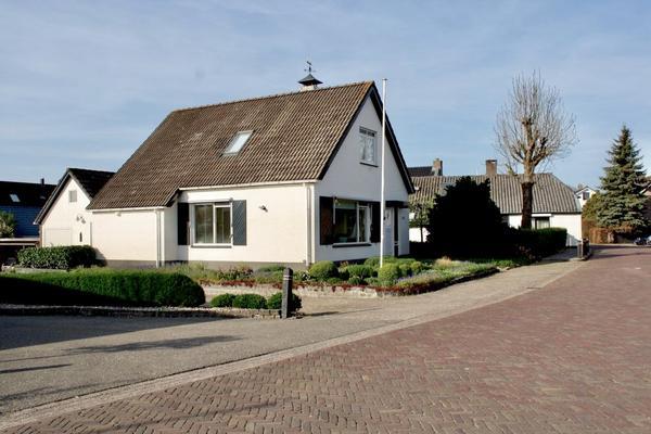 Sint Nicolaasdijk 105 in Kampen 8264 AE
