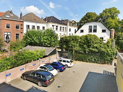 IJsselkade 15 in Zutphen 7201 HC