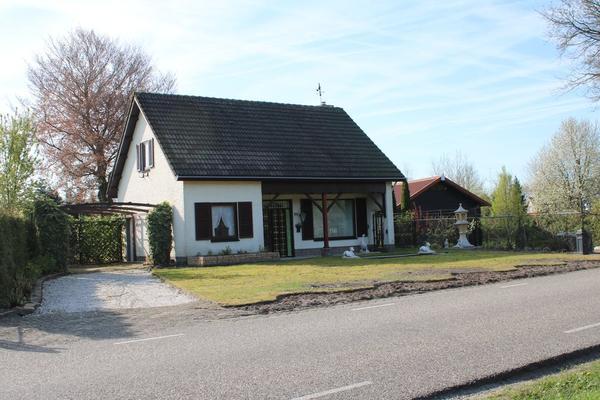 Kozijnenhoek 22 in Rucphen 4715 RG