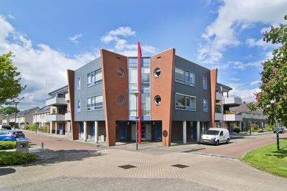 Ereprijs 18 in Veenendaal 3903 GW