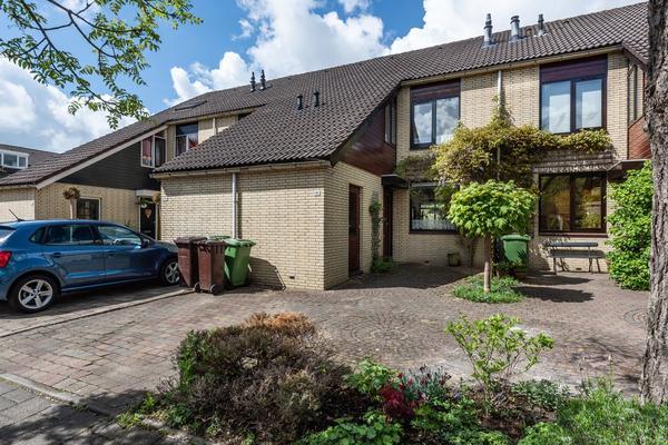 Fazant 151 in Ridderkerk 2986 CN