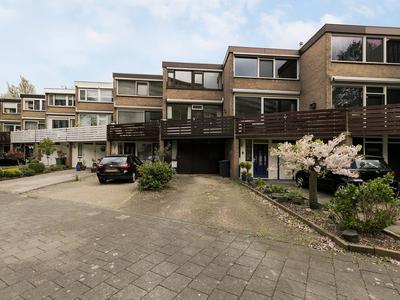 Johan Willem Frisolaan 30 in Vlaardingen 3136 BG