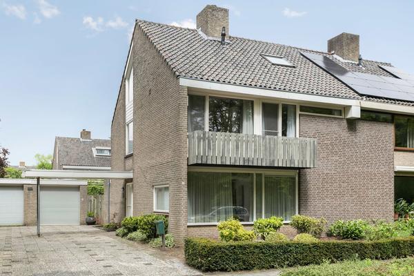 Rijnlaan 64 in Son En Breugel 5691 JJ