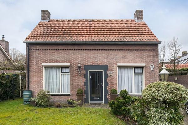 Schoonstraat 48 in Heesch 5384 AR
