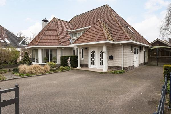 Koraal 29 in IJsselmuiden 8271 KA