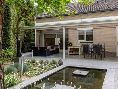 Bernard Schoonbeeklaan 8 in Eindhoven 5626 HJ