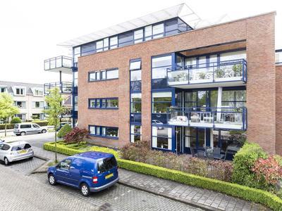 Spoorstraat 6 in Nieuw-Vennep 2151 AV