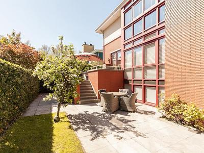 Limbahout 42 in Zoetermeer 2719 JL