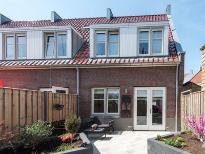 Buitenhof 1 in Leerdam 4142 GA