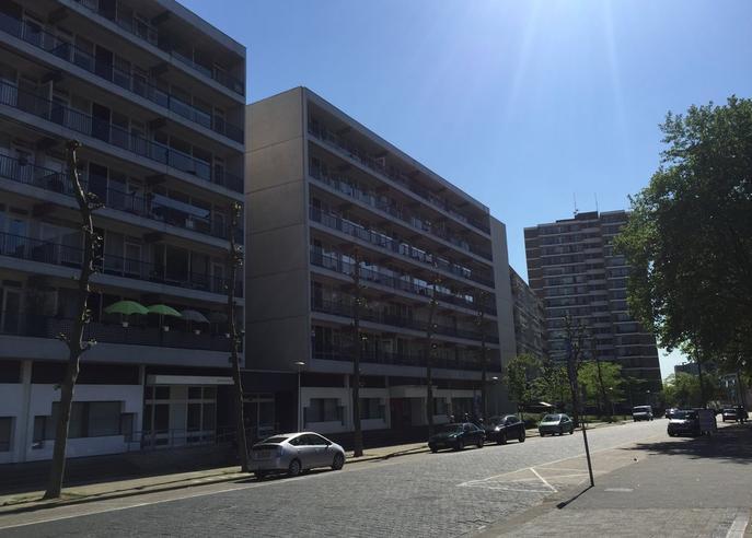 Burg. Van Grunsvenplein 137 in Heerlen 6411 AS