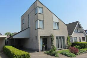 Antoon Coolenstraat 14 in Raamsdonksveer 4942 EE