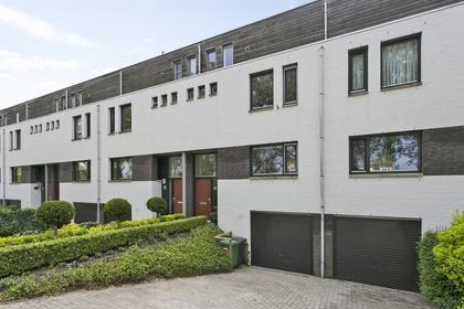 Schaarmeesterstraat 24 in 'S-Hertogenbosch 5231 PL