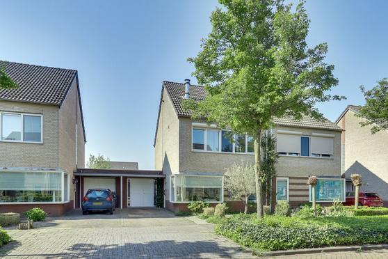 Brueghelstraat 6 in Baarlo 5991 GT