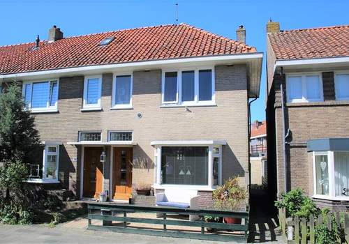 De Bourbonstraat 36 in Sneek 8606 BM