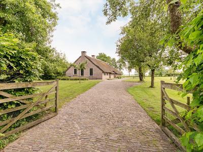 Oosteinde 42 in Wapserveen 8351 HH
