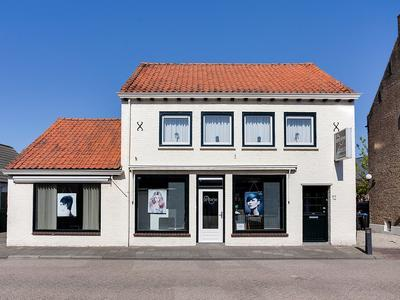 Bovenstraat 12 in Hoeven 4741 AV