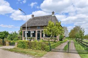 Loenensestraat 2 in Slijk-Ewijk 6677 PL