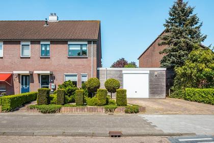 Barten 2 in Heerenveen 8447 BS
