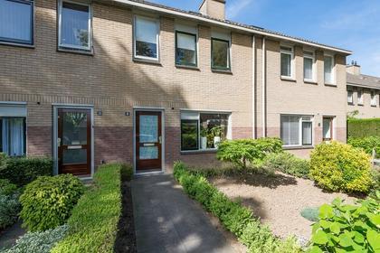 Burgemeester Blessinglaan 18 in Ewijk 6644 DC
