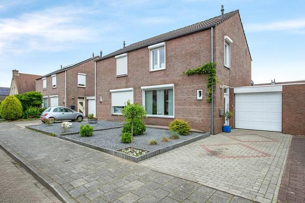 Gaarstraat 24 in Born 6121 HG