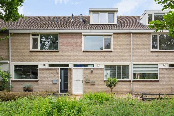 Basielhof 25 in Oosterhout 4907 AG