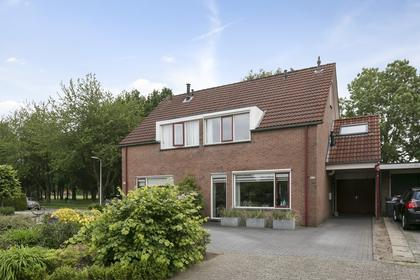Caro Van Eyckstraat 52 in Hengelo 7558 NH