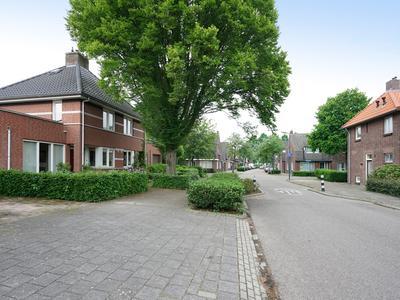 Secretaris Van Den Hoevelstraat 4 in Oisterwijk 5061 XE