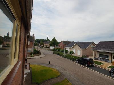 Sibeliusstraat 22 in St. Willebrord 4711 AH
