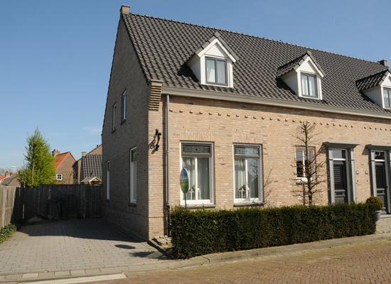 Zuiddijk 65 in Langeweg 4771 RK