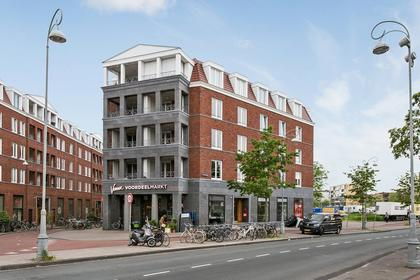 Cornelis Vermuydenstraat 30 in Amsterdam 1018 RN