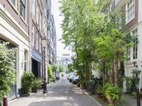 Utrechtsedwarsstraat 144 C in Amsterdam 1017 WK