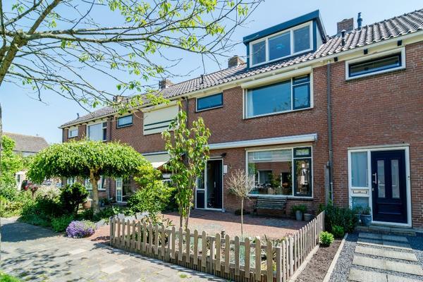 Visser-Roosendaalstraat 31 in Venhuizen 1606 XC