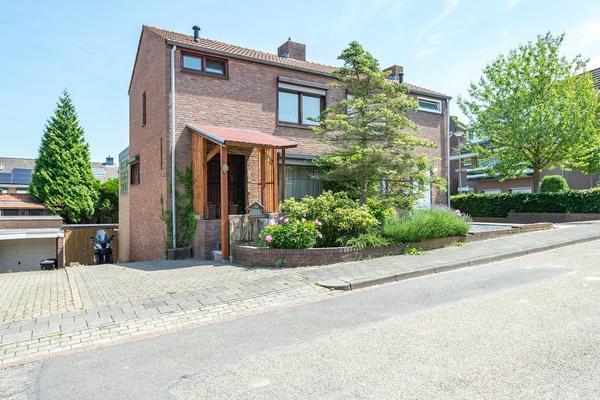 Marijkestraat 6 in Merkelbeek 6447 AV
