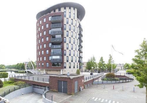 Leusveld 106 in Nieuw-Vennep 2151 JX