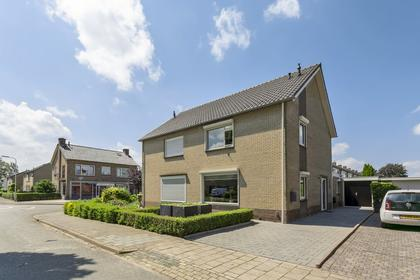 Rijnstraat 13 in Doornenburg 6686 ME
