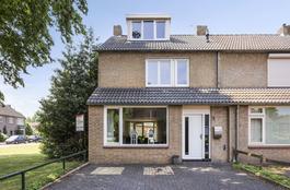 Van Der Duyn Van Maasdamstraat 8 in Oss 5344 HS