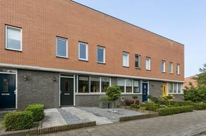 IJsvogel 19 in Bergen Op Zoom 4617 JM