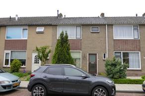 Piet Heinstraat 10 in Maasdijk 2676 VT