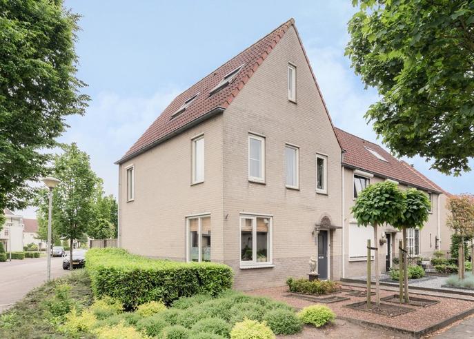 Marijnenlaan 38 in Vlijmen 5251 SC
