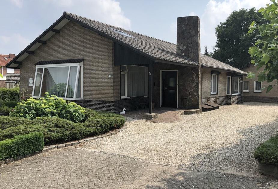 Broekhuizerweg 18 in Swolgen 5866 BA