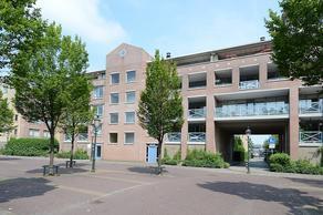 Wilhelminaplantsoen 77 in Bussum 1404 JR