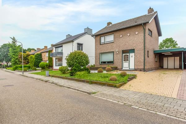 Schoutenstraat 10 in Munstergeleen 6151 GS